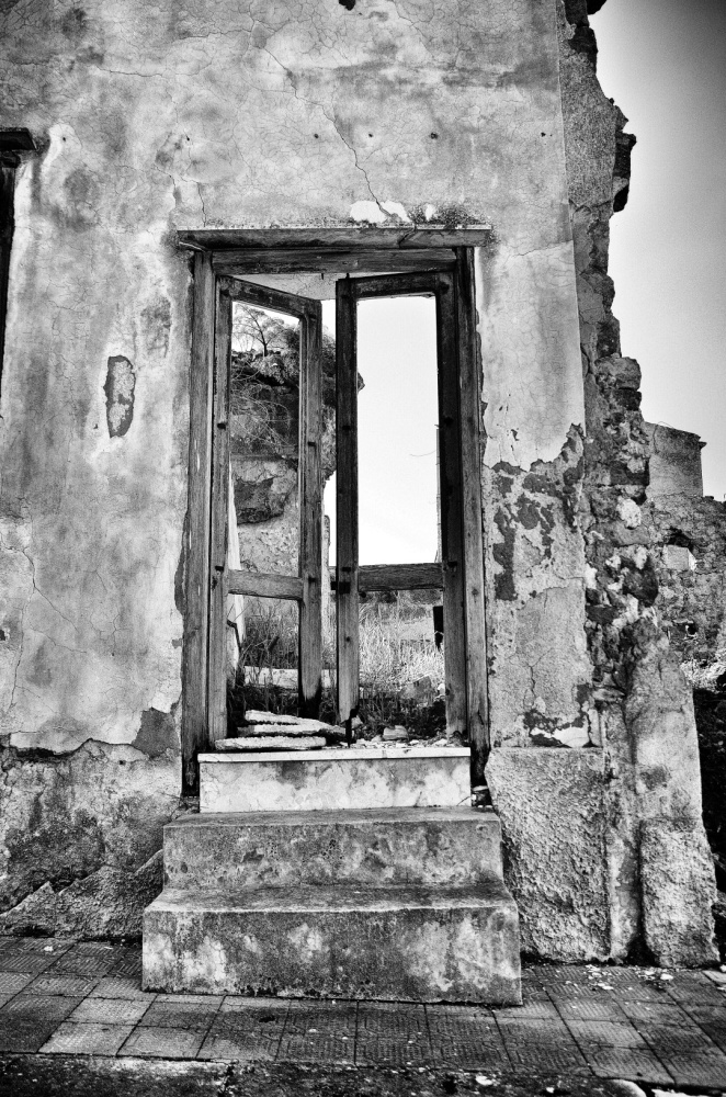 Sicilian ghost town (2/6)